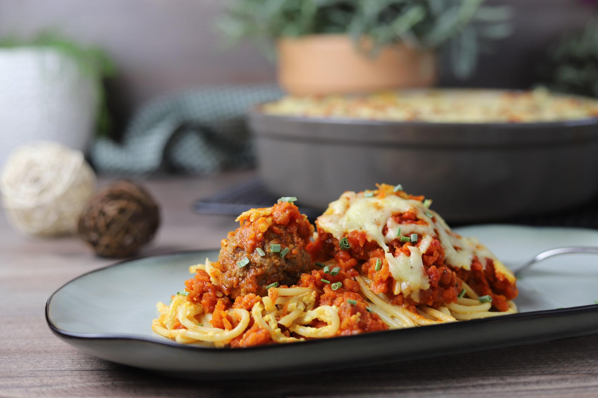 Hackbällchen-Spaghetti in der Stoneware rund von Pampered Chef®
