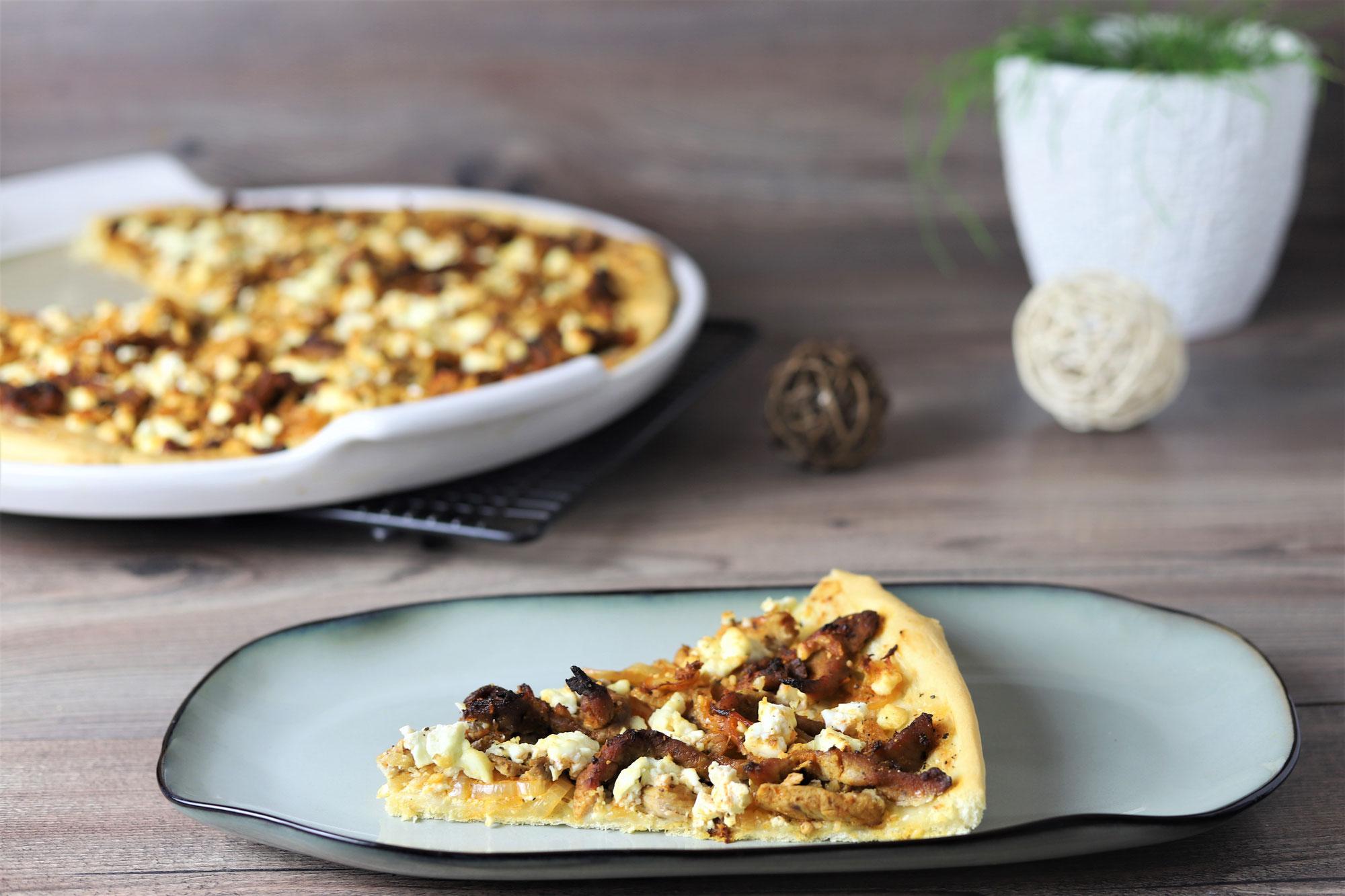Gyros-Pizza auf der White Lady von Pampered Chef®