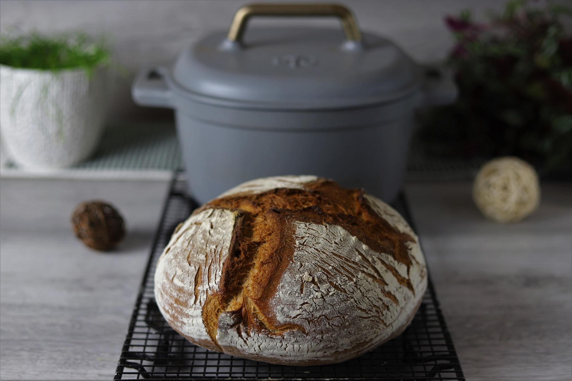 Vesperlaib im emaillierten Gusstopf von Pampered Chef®