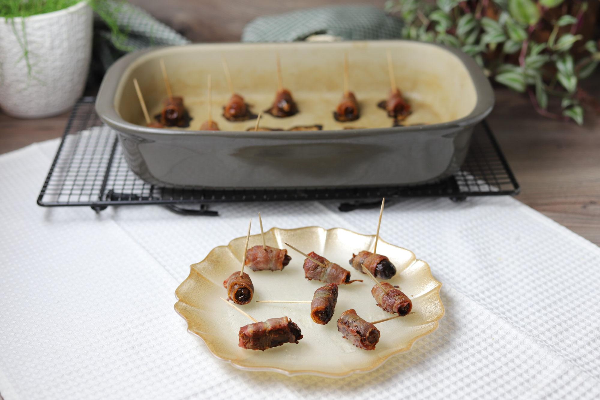 Datteln im Speckmantel aus der Ofenhexe von Pampered Chef