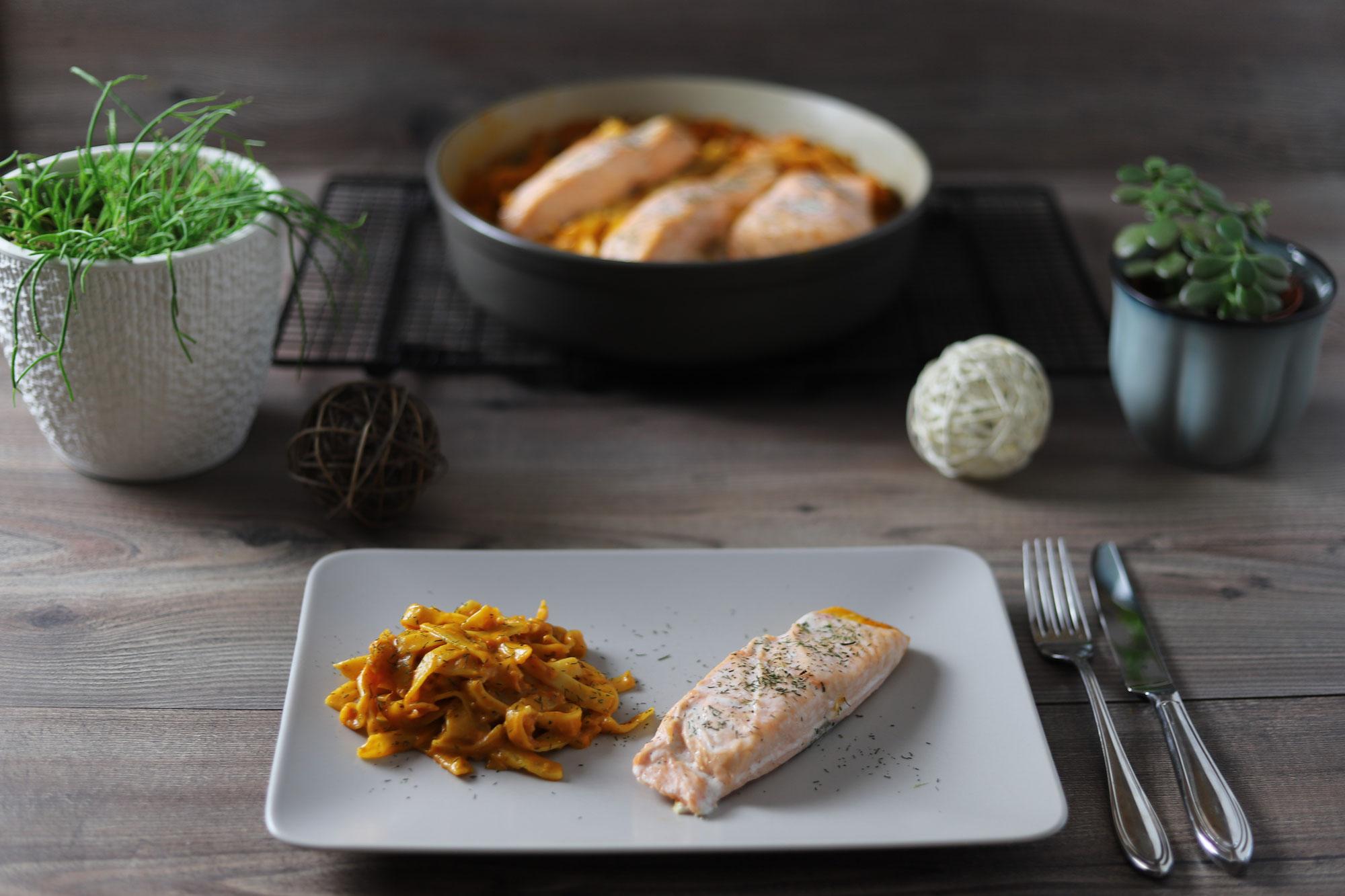 Nudel-Lachs-Töpfchen in der Stoneware rund von Pampered Chef®