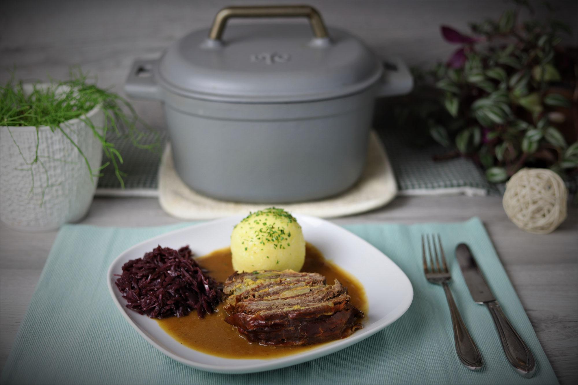 Rouladen-Schichtbraten im emaillierten gusseisernen Topf von Pampered Chef®