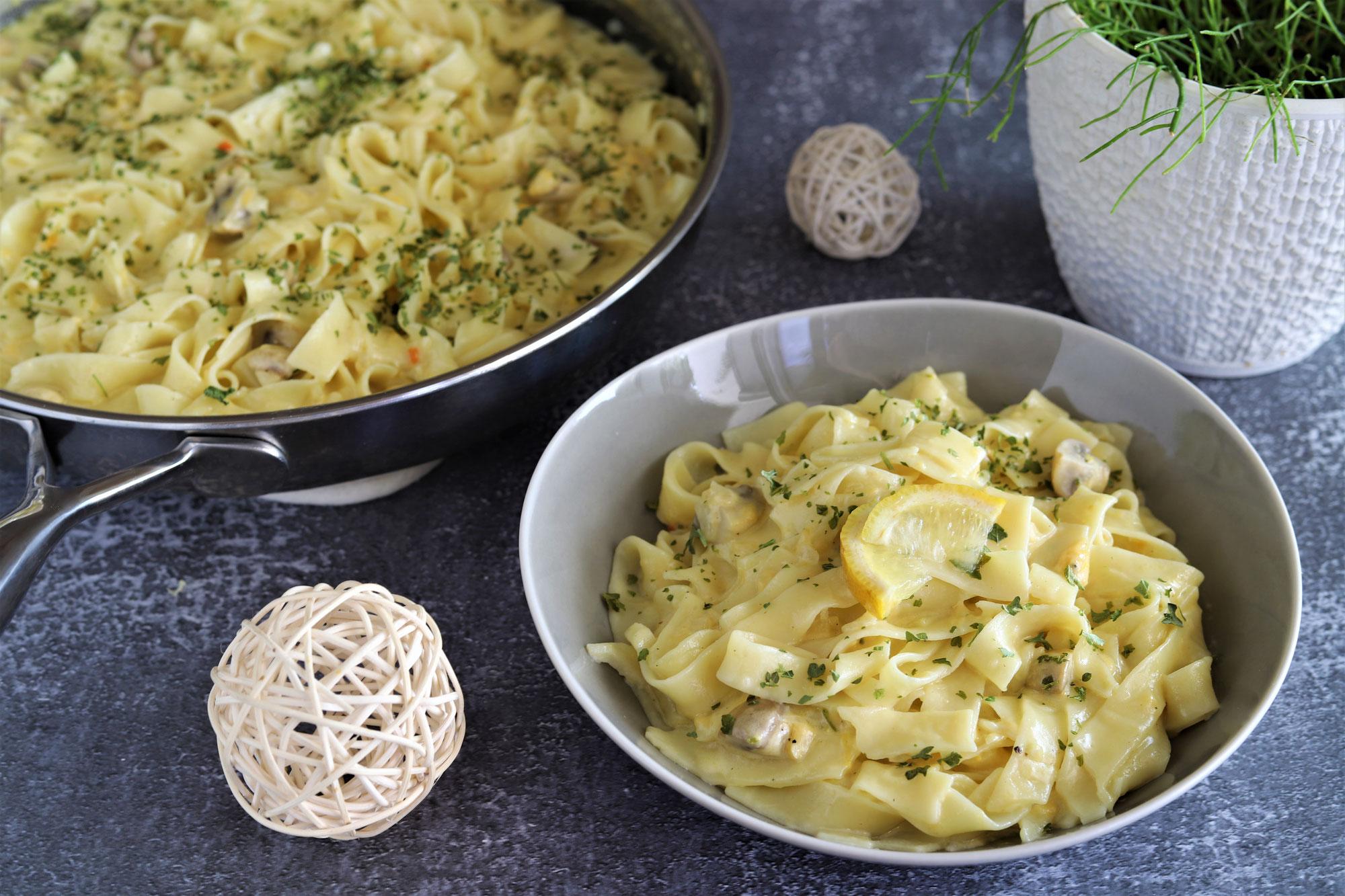Zitronen-Pasta in der großen Edelstahlpfanne von Pampered Chef®
