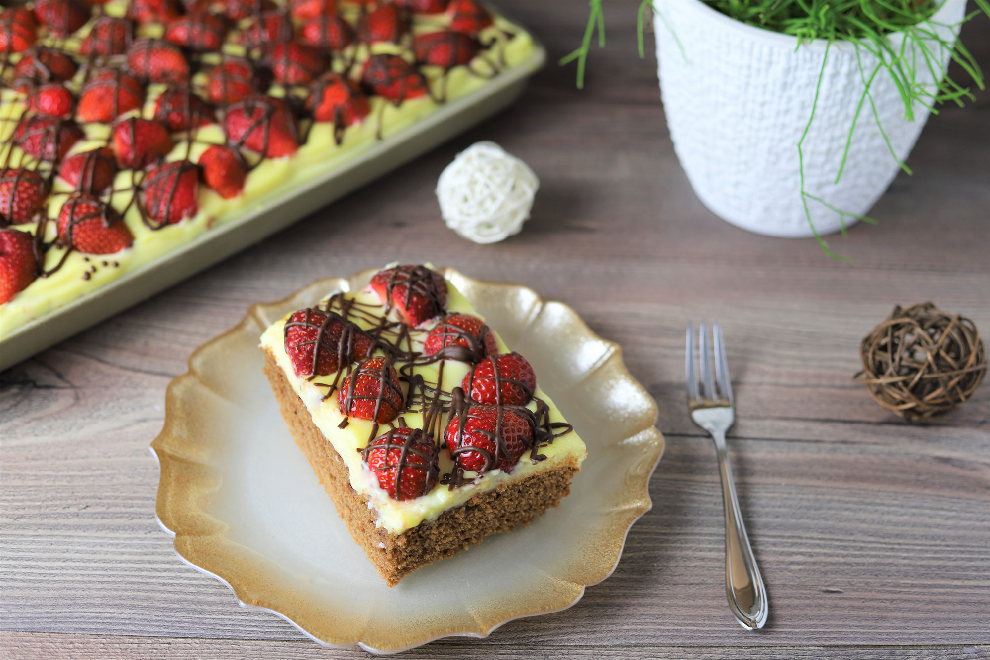 Erdbeer-Schoko-Kuchen mit Vanillecreme im Ofenzauberer von Pampered Chef®
