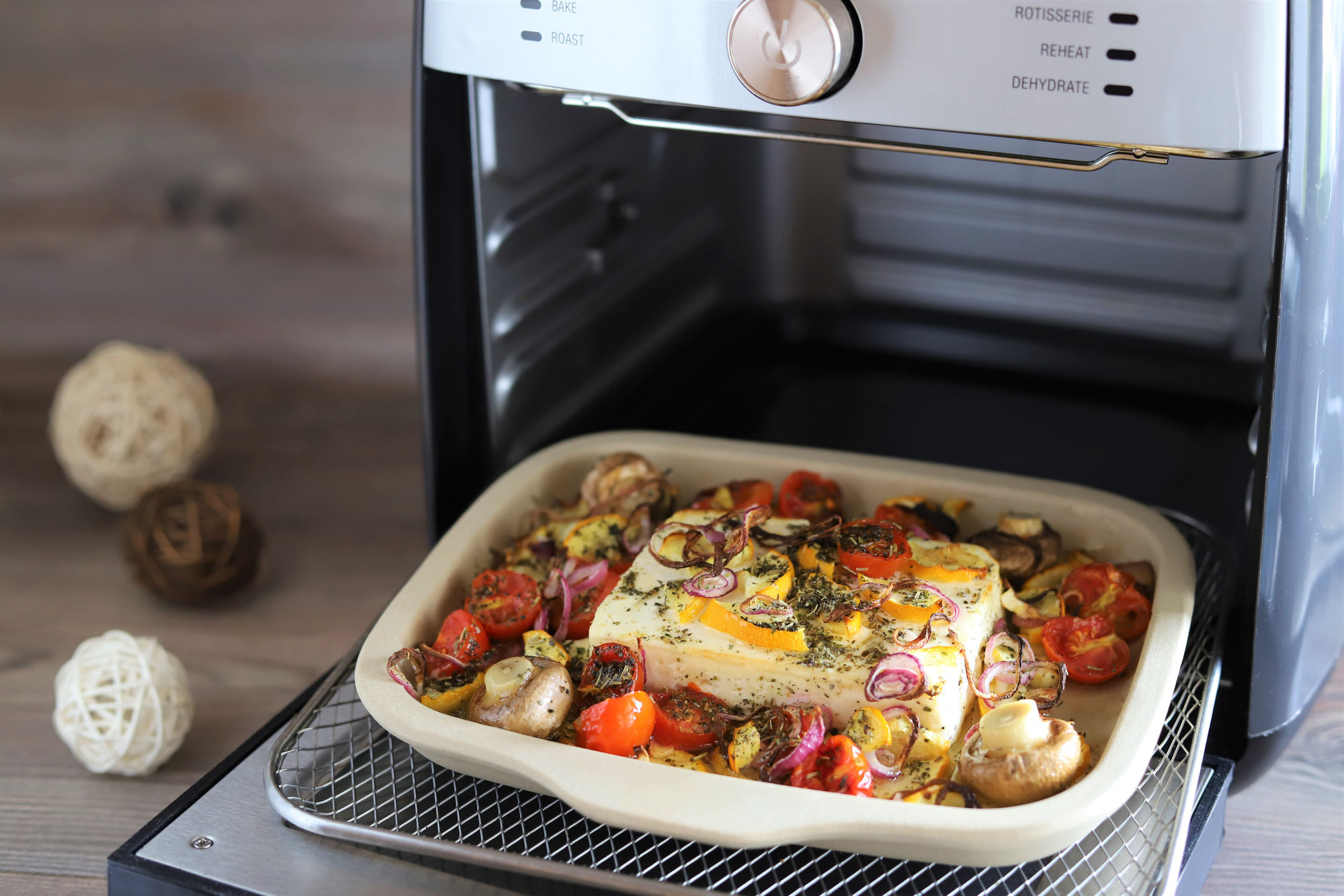 Gebackener Feta mit Gemüse im Deluxe Air Fryer von Pampered Chef®