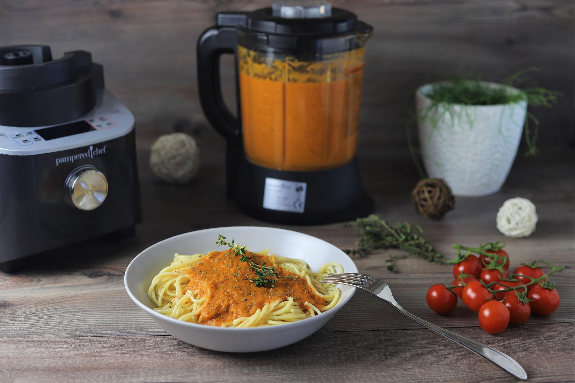 Tomatensoße aus gerösteten Tomaten im Deluxe Blender von Pampered Chef®