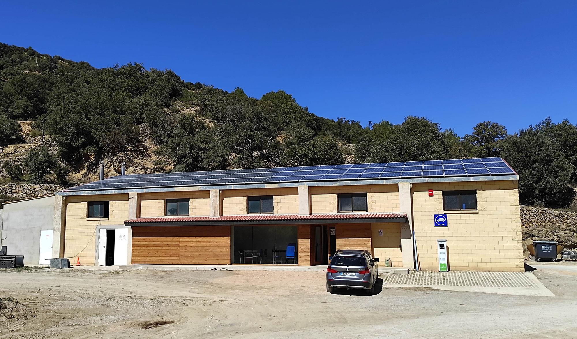 Instalación de autoconsumo fotovoltaico para red de calor en Todolella