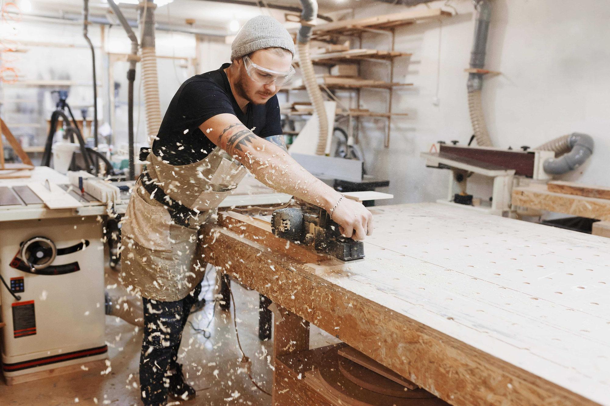 Staubabsaugung für Industrie und Handwerk: Worauf sollten Sie achten?
