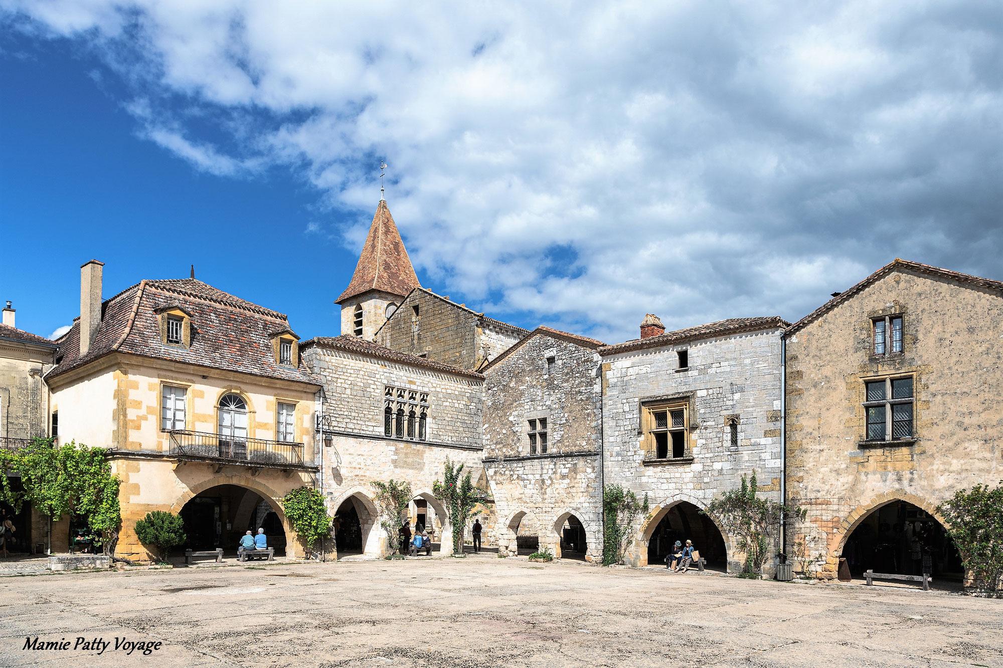 Domme et Monpazier, 2 bastides remarquables du XIIIe siècle