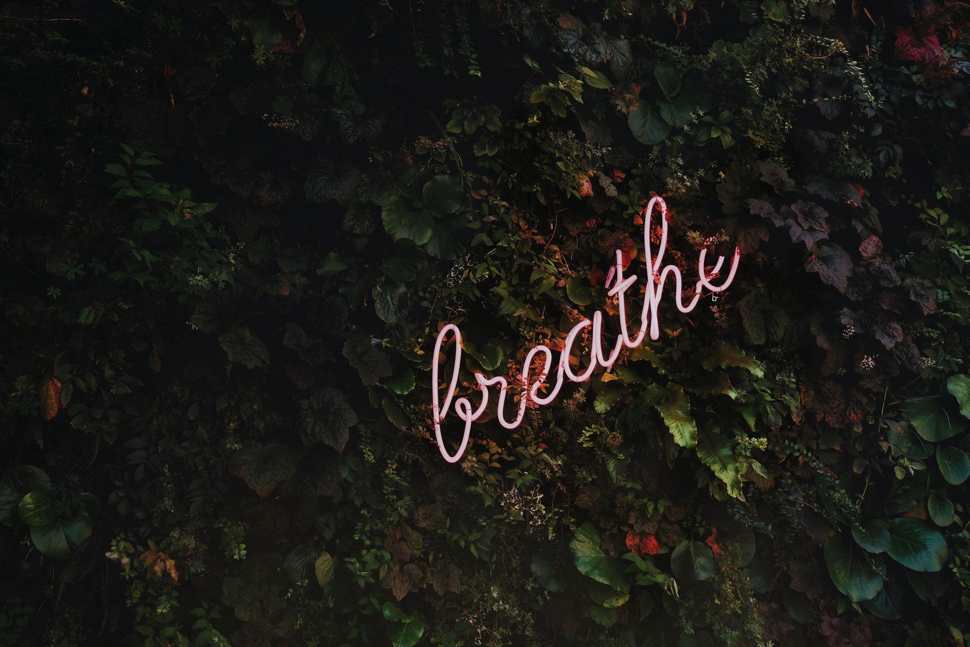 Bewusst Atmen hilft in der Krise