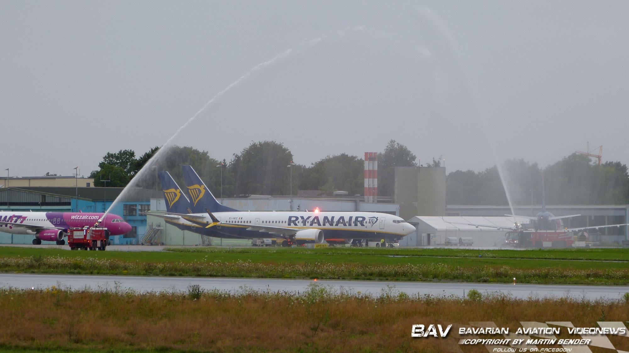 Ryainair 737-8-200 MAX Erstlandung in Memmingen