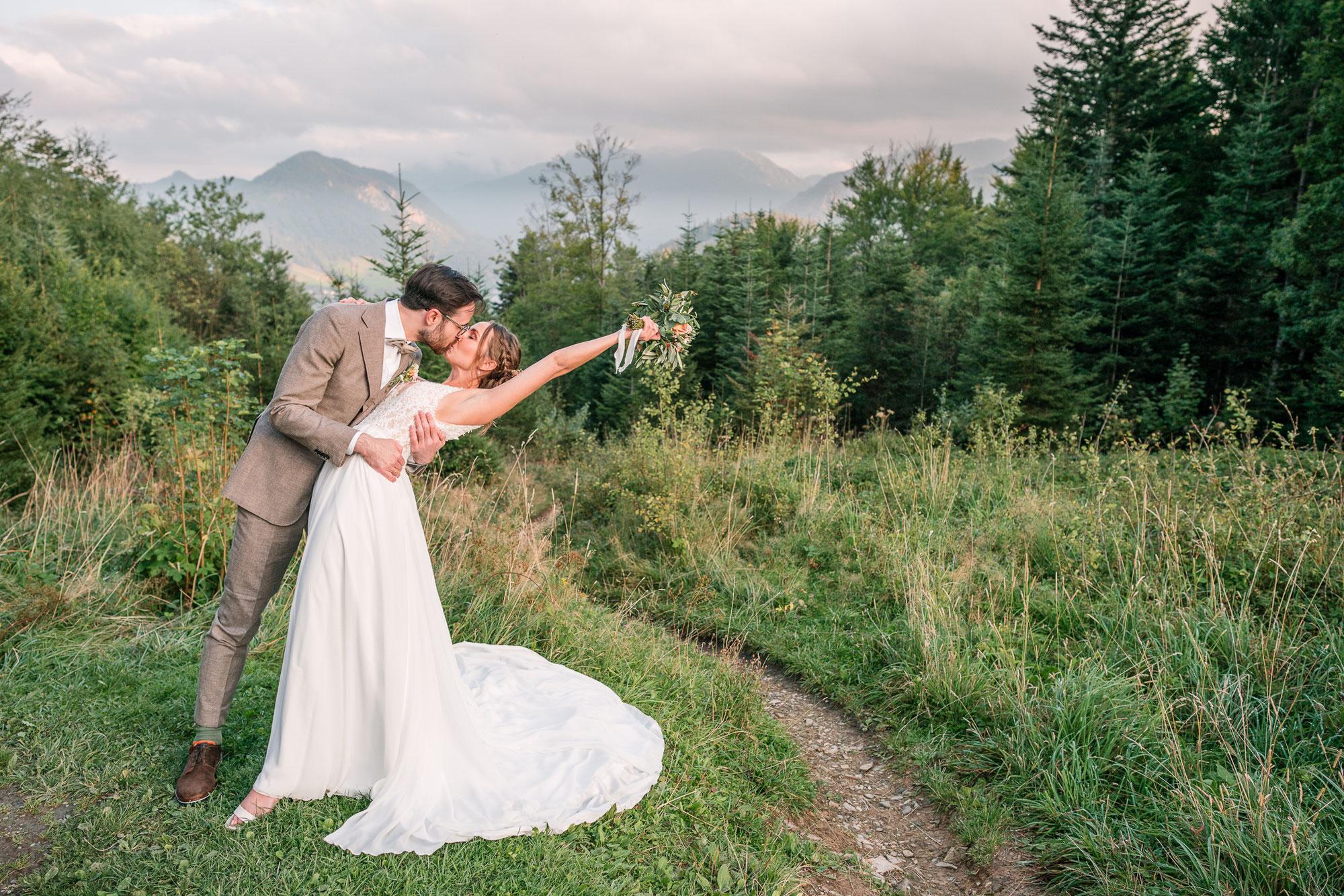 Svenja & Flo - standesamtliche Hochzeit Almbad Huberspitz am Schliersee