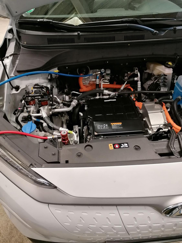 Klimaservice bei Hybrid und E- Fahrzeugen