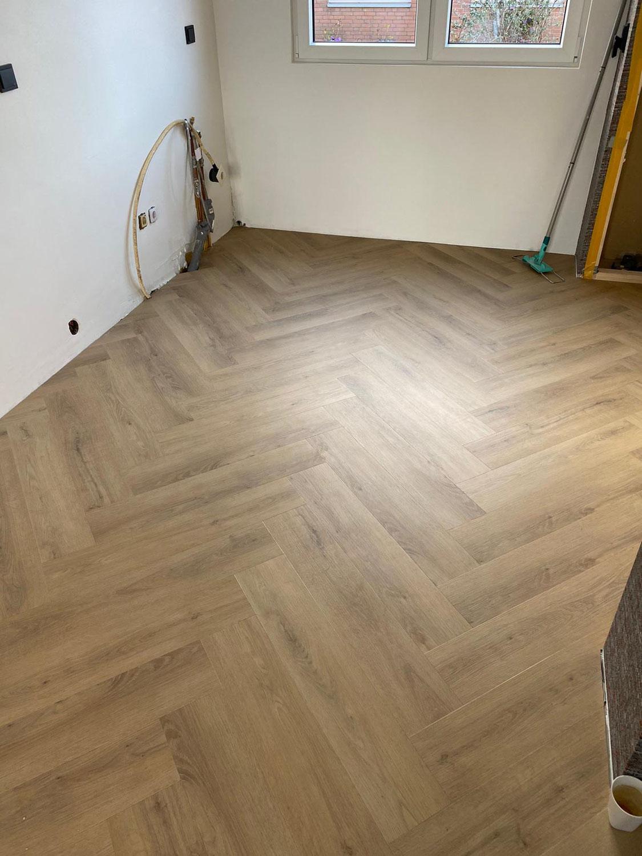 35 m² Deep Wood Visgraat Plak-pvc te Rotterdam