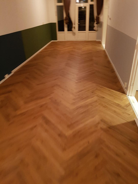 40 m² Trendy Visgraat Caramel te Schiedam