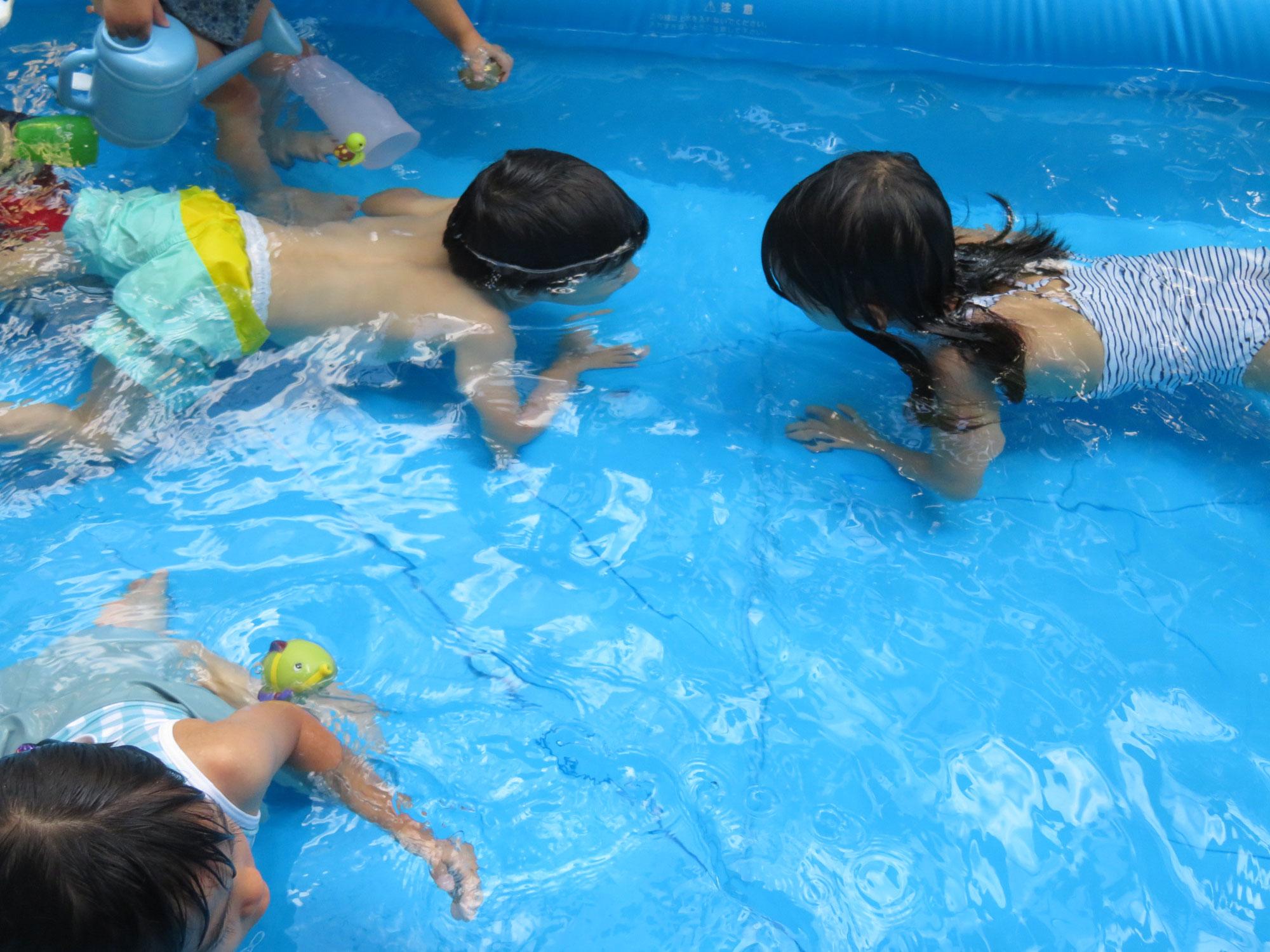 夏だ!プールだ!