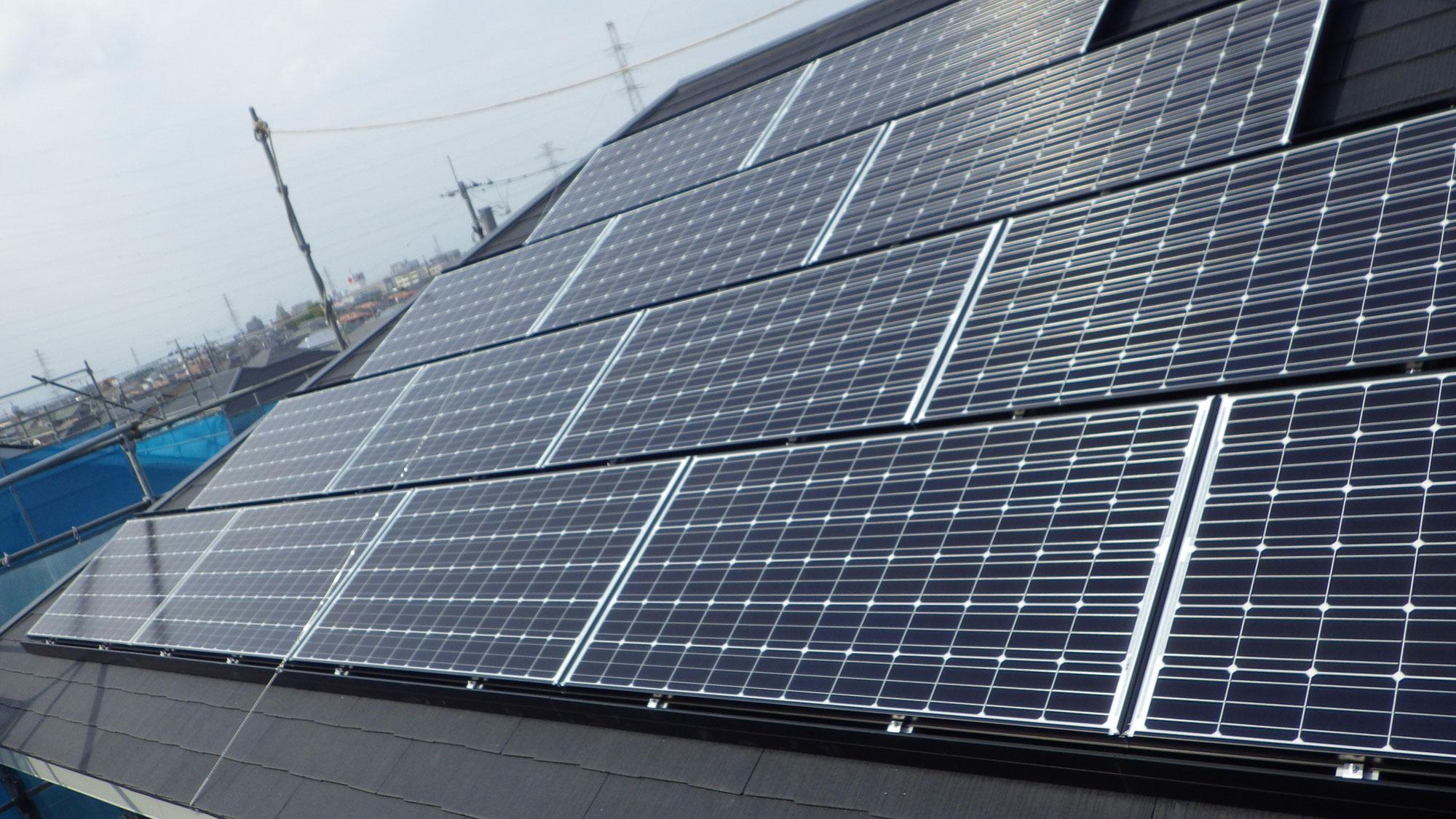 フルベスト屋根への太陽光発電システム設置工事を行いました。in宇都宮市