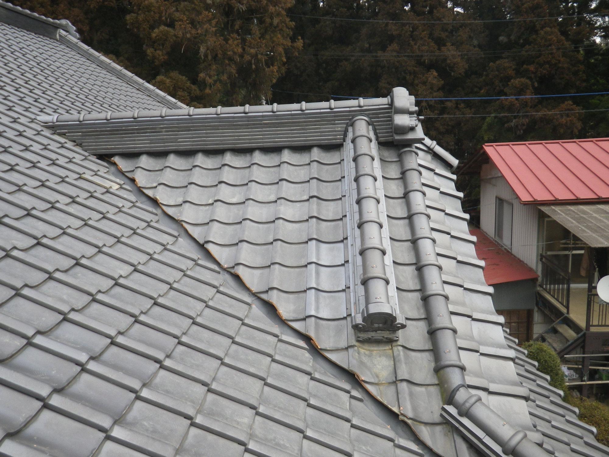 和瓦屋根の「大棟」を耐震工法にて積み直し! in那須塩原市