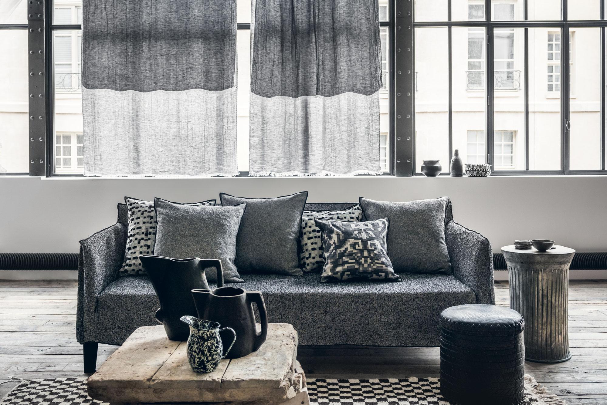 tapissier paris site de thedemeure. Black Bedroom Furniture Sets. Home Design Ideas