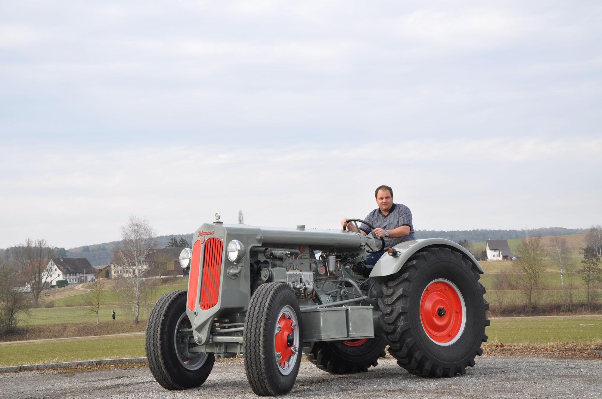 inserate und kleinanzeigen oldi traktors webseite. Black Bedroom Furniture Sets. Home Design Ideas