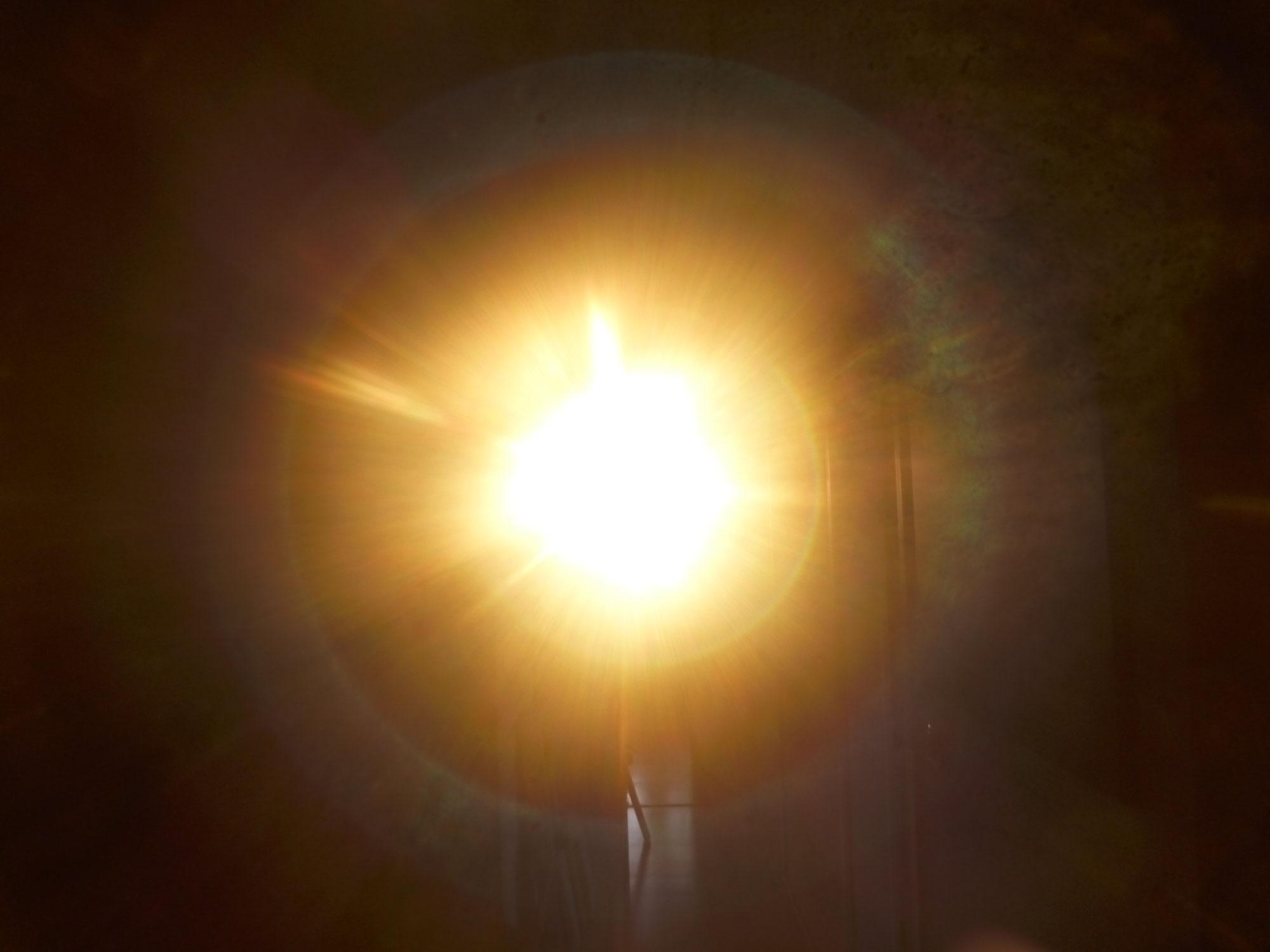 LICHTWESENFOTOGRAFIE: Portal zur Verankerung des CHRISTUSLICHTS