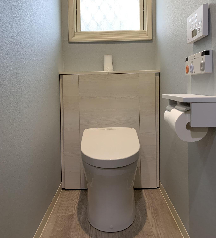 人気の収納付きトイレです