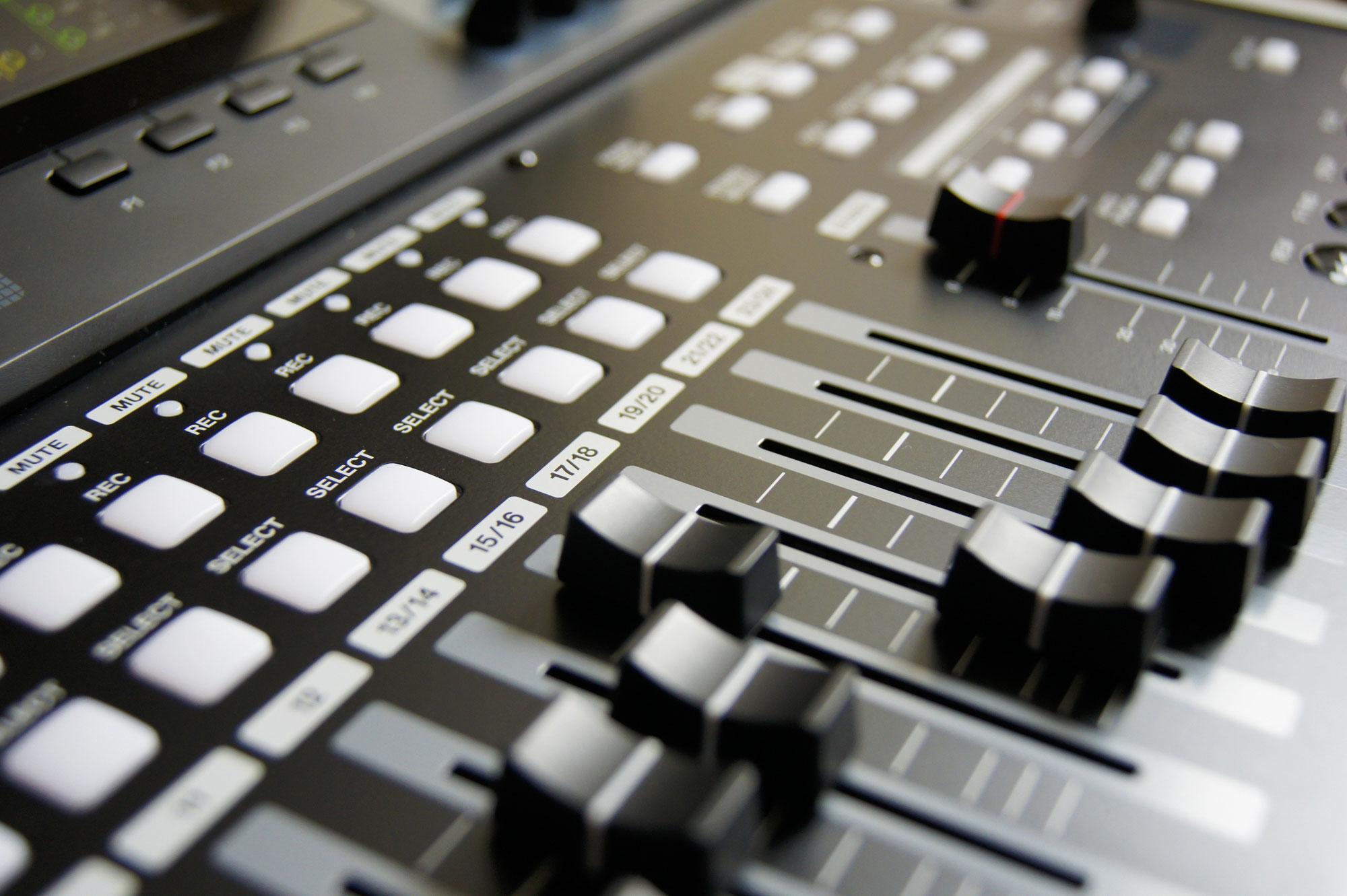 Kurze Darstellung der Entwicklung elektronisch-melancholischer Musik