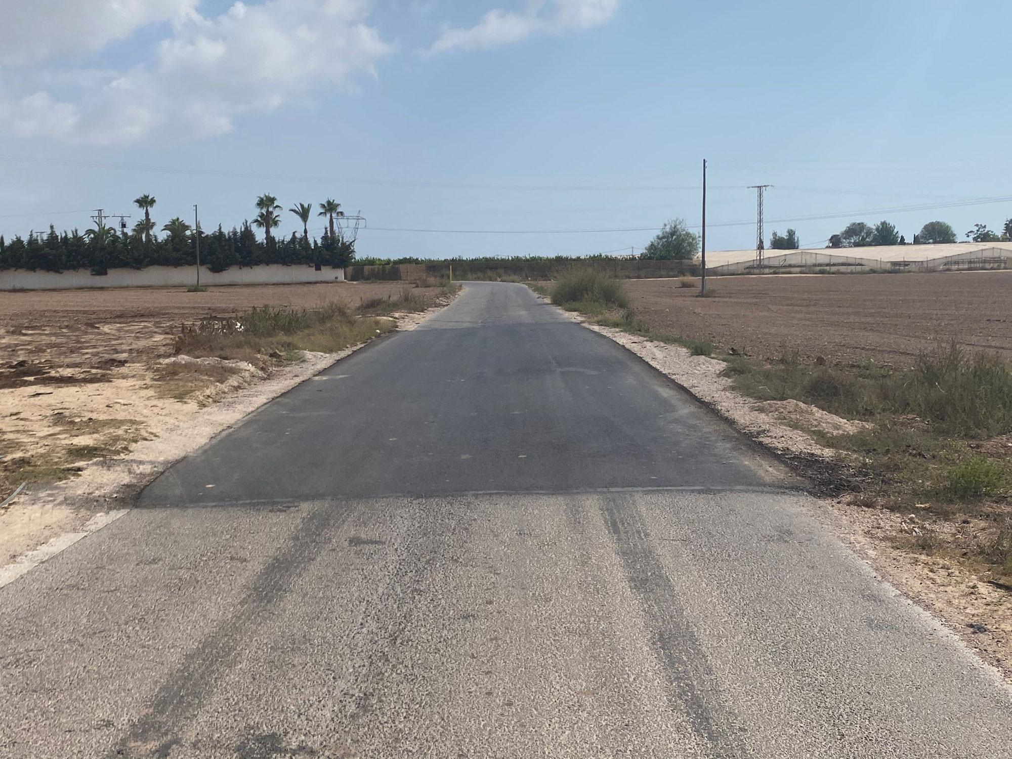 Mejoramos los caminos rurales de La Grajuela