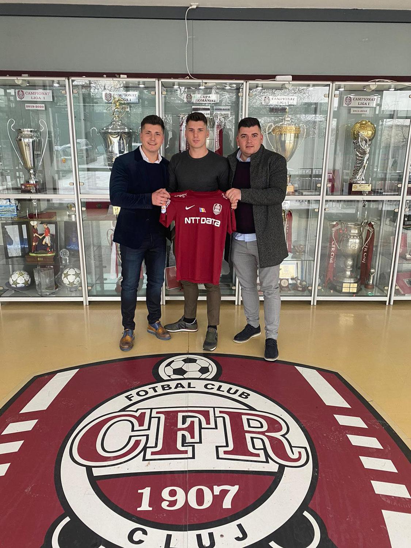 Sebi, de JEP Sports, ficha por el CFR Cluj de 1ª división
