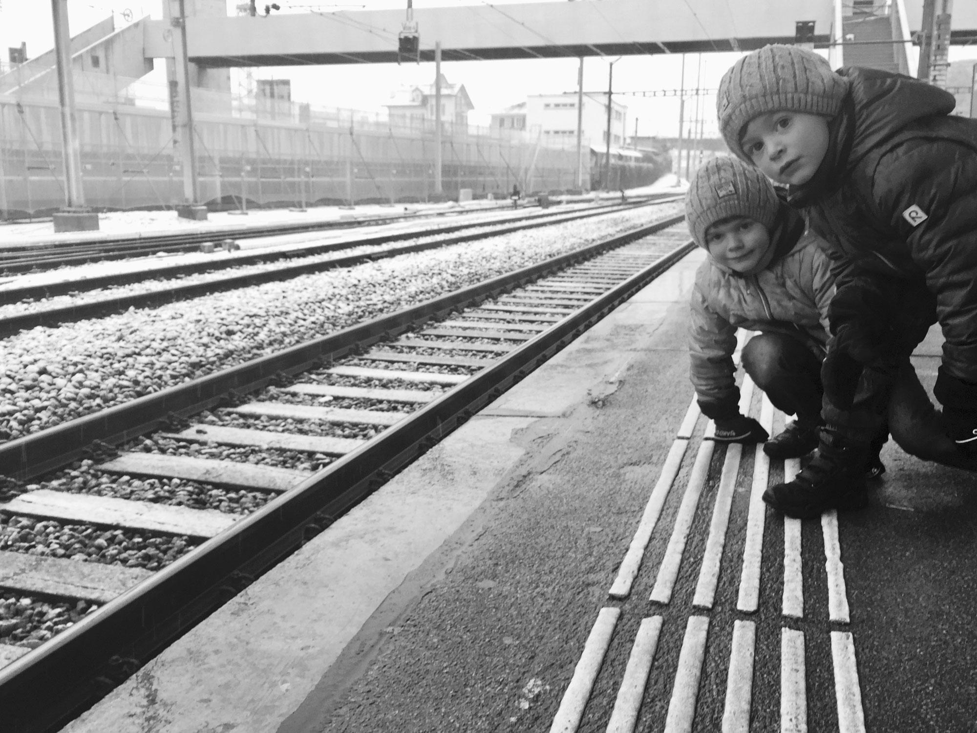 À la gare de Neuchâtel