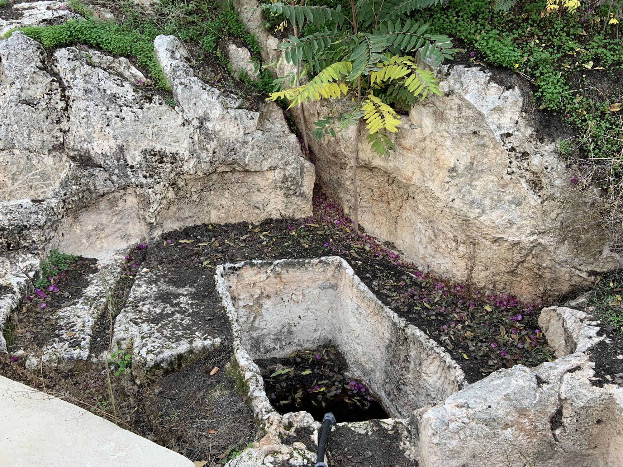 גבעת התנ״ך - מערות הקבורה מבית ראשון
