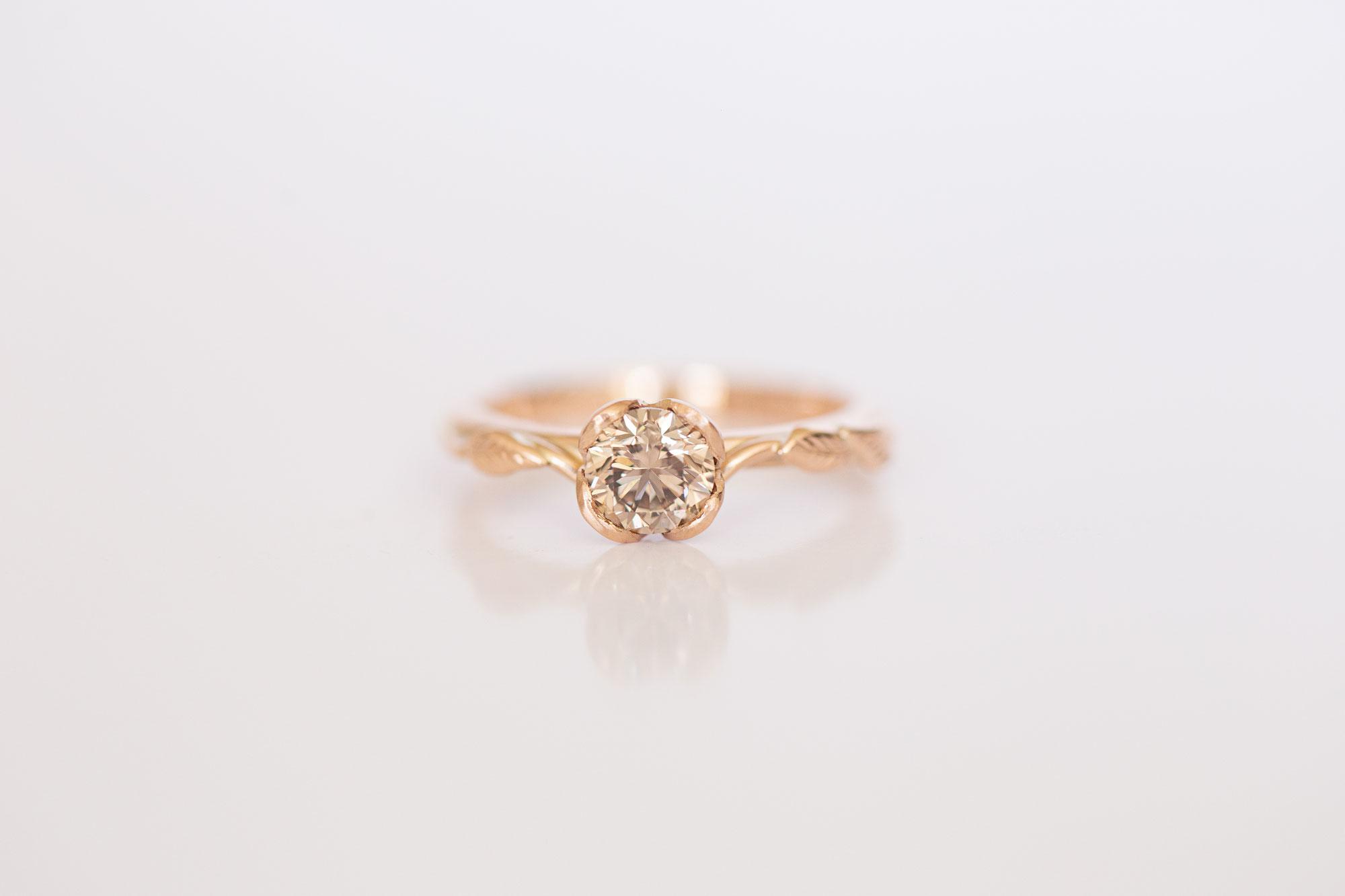 Graduierung für farblose und leicht gelbliche Diamanten