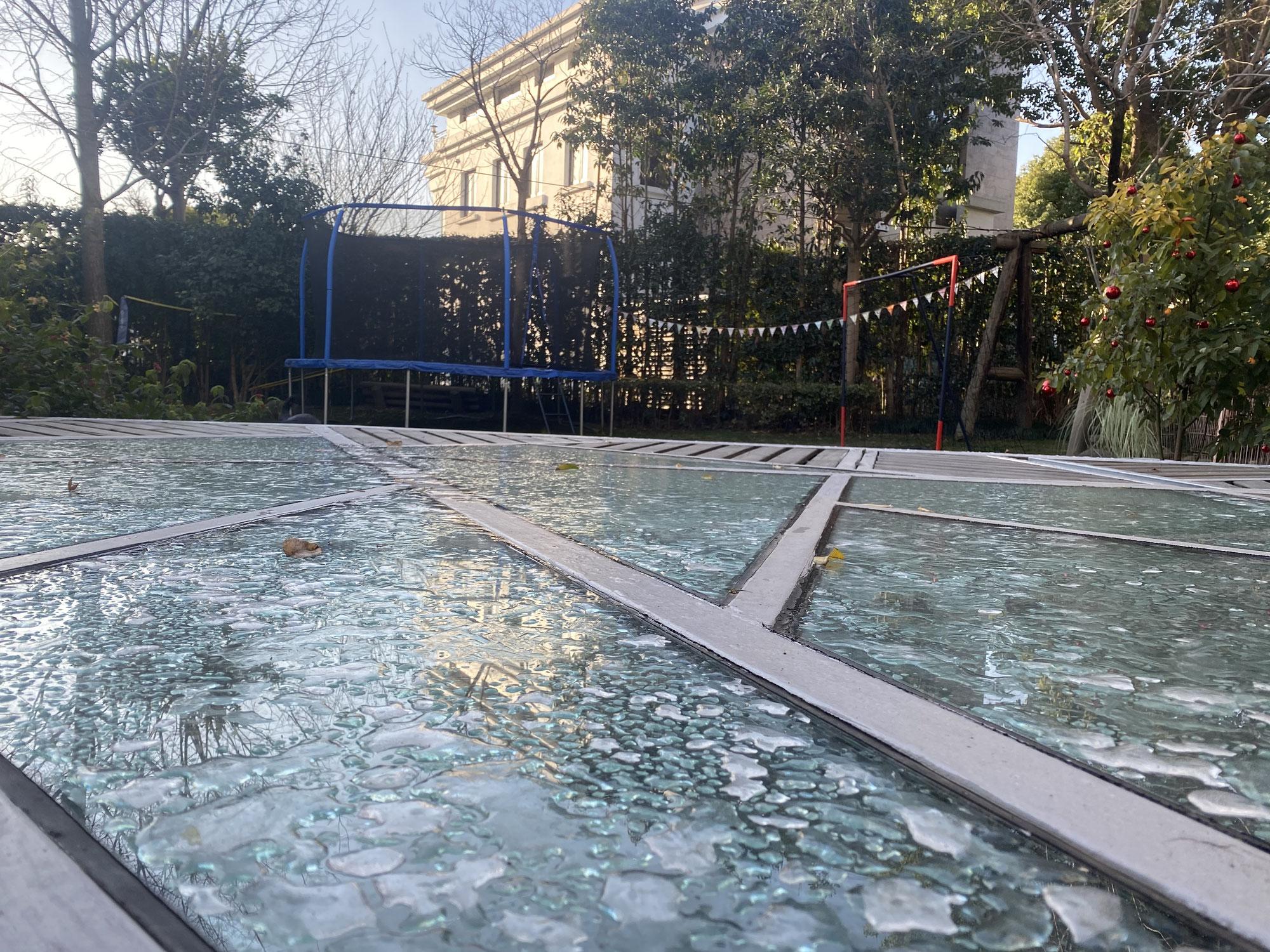 Frozen Shanghai