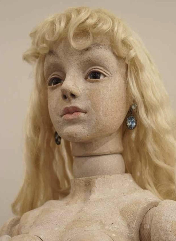 【美術解説】四谷シモン「日本の球体関節人形シーンの草分け」