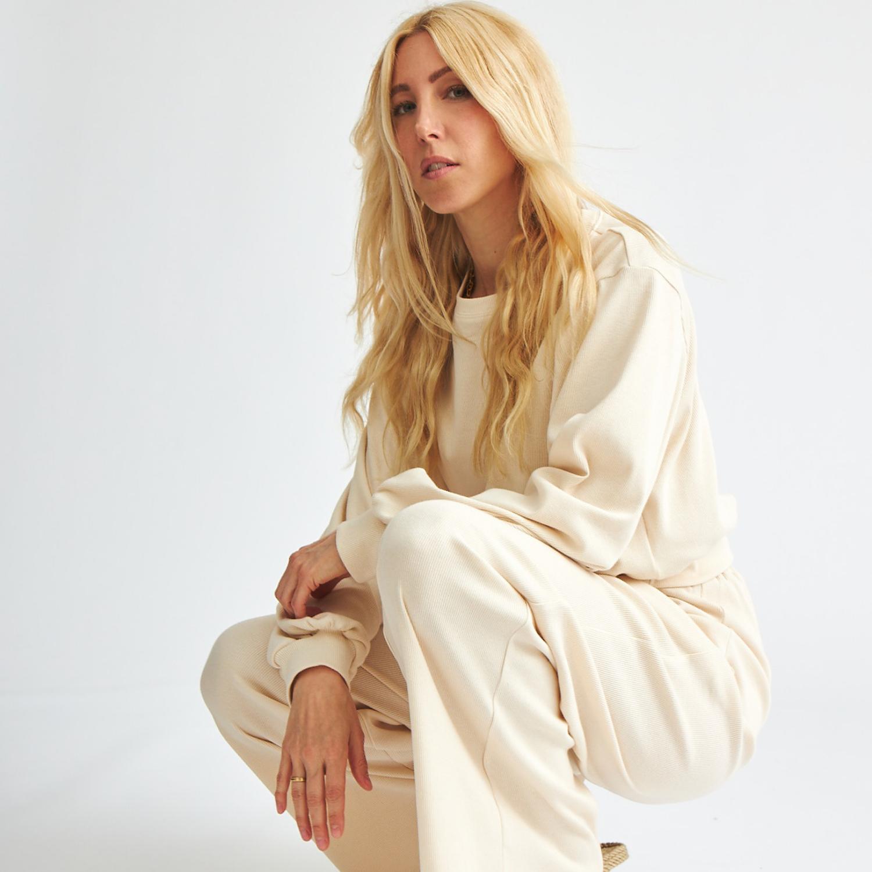 Fashionmom Bina - Fair Fashion Enthusiast & Gründerin des Labels Baíge.