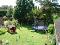Blick in den Garten - Kinder willkommen!