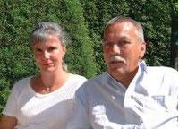 Die stolzen Spider-Fahrer Edith und Manfred