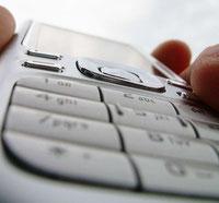 Hotline – © Plambeck /pixelio.de