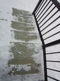 雪マット階段