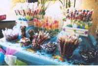 Frutas y Dulces decorados.