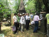 6月3日外国人墓地清掃作業