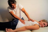 Osteopathie und Chiropraktik bei Rueckenschmerzen in Moenchengladbach