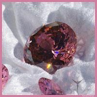 Diamant rosa für die Verbindung der bedingungslose Liebe