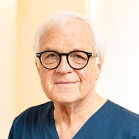 is-round Prof. Dr. Dr. Dr. h. c. Konrad Wangerin