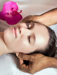 Lomi Lomi Nui-Massage