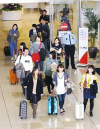 八重入域観光客が年間で105万人突破した(南ぬ島石垣空港)