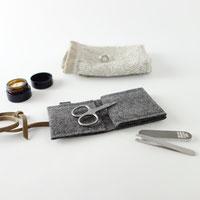 mini-maniküre-set  aus Filz Nagelpflege unterwegs