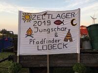 Banner des Zeltlagers