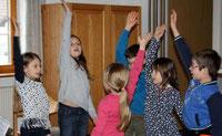 Jesus ist der Größte - und den Kleinen des Aster Kinderchores ist die Freude am Singen anzusehen.