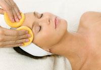 Gesichtsbehandlung Hautdiagnose Hauttyp Kosmetik Basel Gesichtsreinigung Tonic Peeling Maske Tagespflege